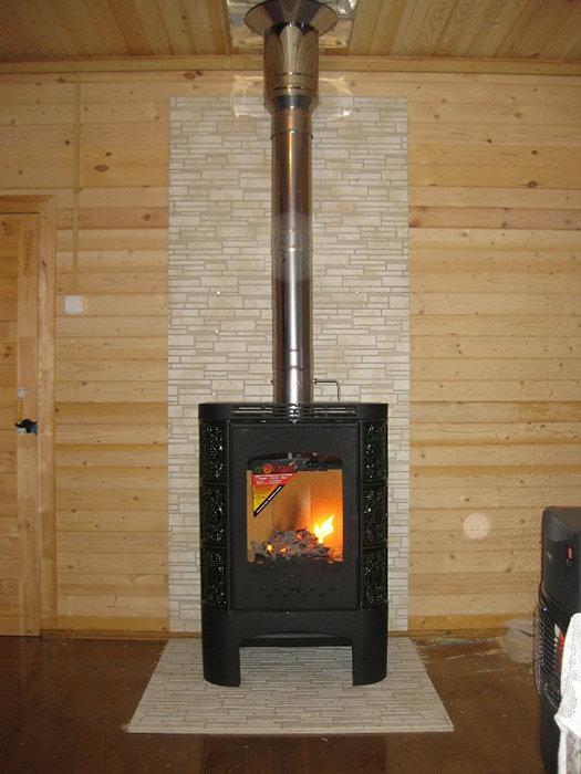 Установка печь каминов в деревянном доме отделка дымоходов цена