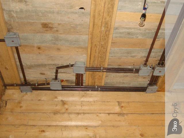 Работы в деревянном доме своими руками 131